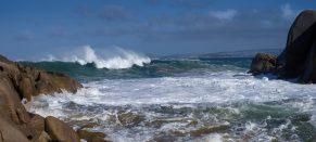 The powerful sea