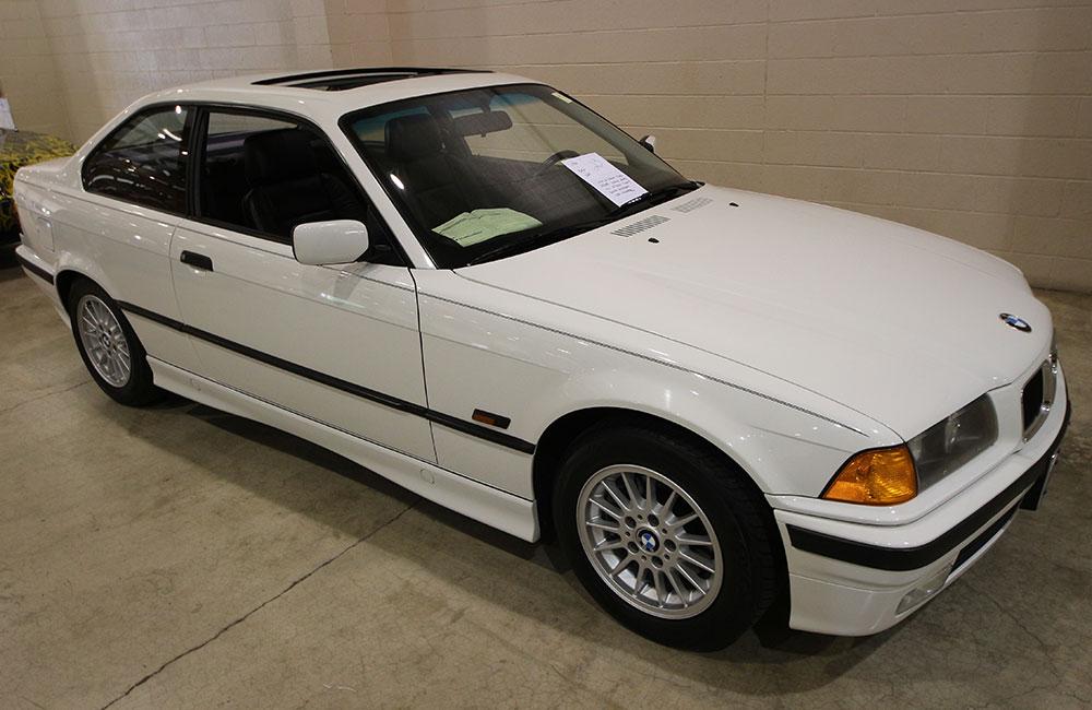 1996 BMW 328 White