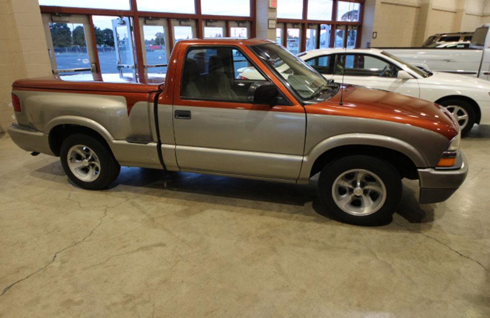 2000 Chevy S10 Pickup