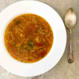 Russian Cabbage Soup - don't let the title scare you! It's delicious and full of vegetables. Vegetarian Shchi Soup (Щи постные)