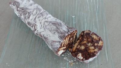 saucisson en chocolat: ressemblance!