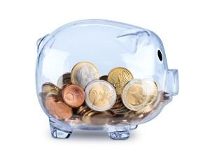 tirelire transparente avec des euros