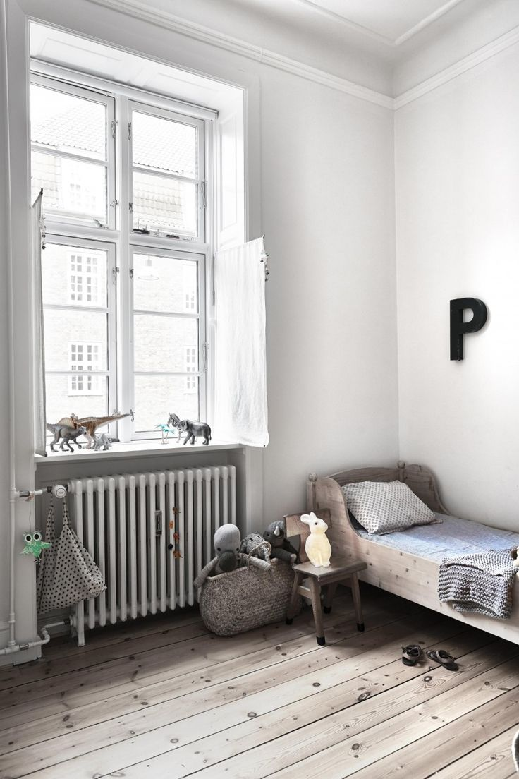 White, Simple, Beautiful Kid's Rooms - Petit & Small on Beautiful Small Room  id=13334