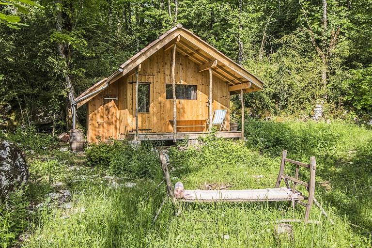 Logements insolites isolés en pleine nature