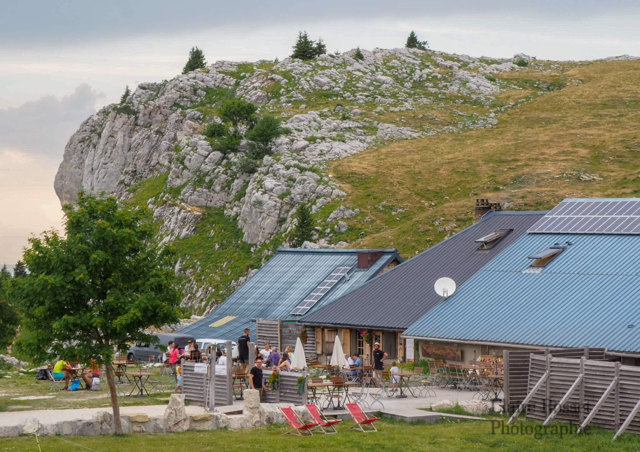 Auberge du Charmant Som, restaurant isolé dans la nature © Claire ROSSET