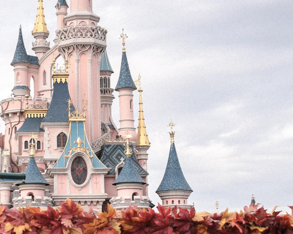 disneyland-resort-paris-festival-halloween-2019-are-you-brave-enough-la-celebration-halloween-de-mickey