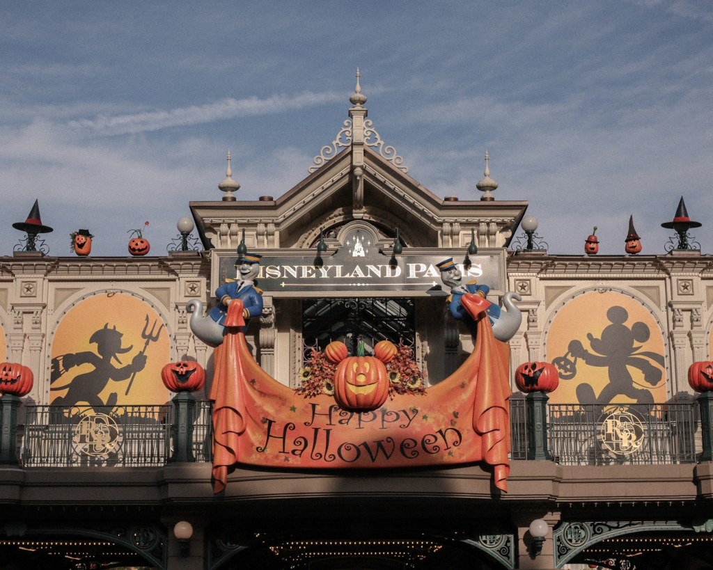 disneyland-resort-paris-festival-halloween-2019-are-you-brave-enough