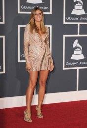 Heidi-Klum-in-Emilio-Pucci-at-the-Grammys