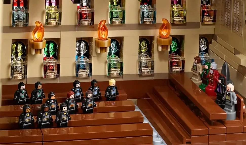 Figurines accompagnant le château de Poudlard de LEGO