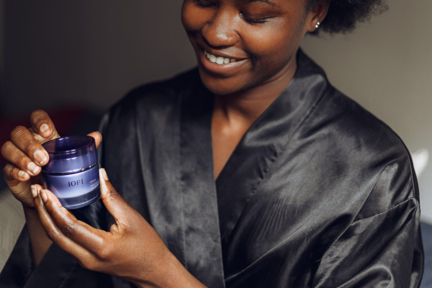 Holding an Iope Plant Stem Cell Cream
