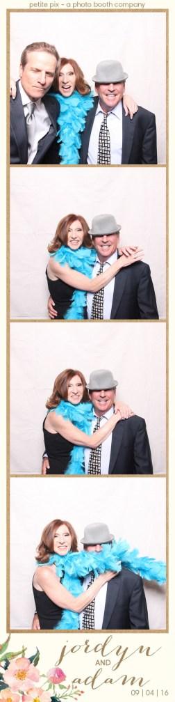 petite-pix-mid-century-modern-vintage-photo-booth-at-triunfo-creek-vineyards-for-jordyn-and-adams-wedding-36