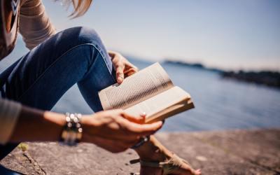 10 livres qui te feront voyager sans bouger de ton canapé
