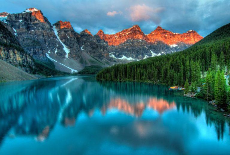 montagne et lac