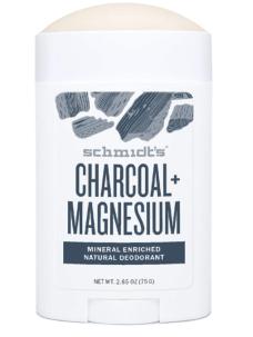 déodorant naturel qui fait parti des accessoires de voyage eco-friendly indispensable