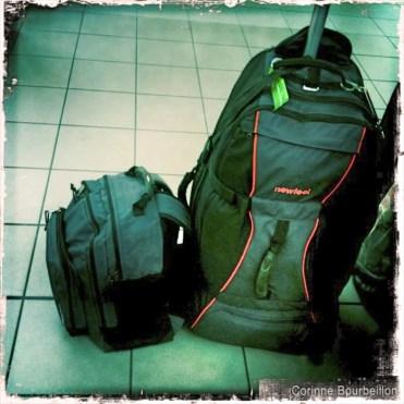 Mon sac cabine et mon sac à roulettes de voyage-plongée.