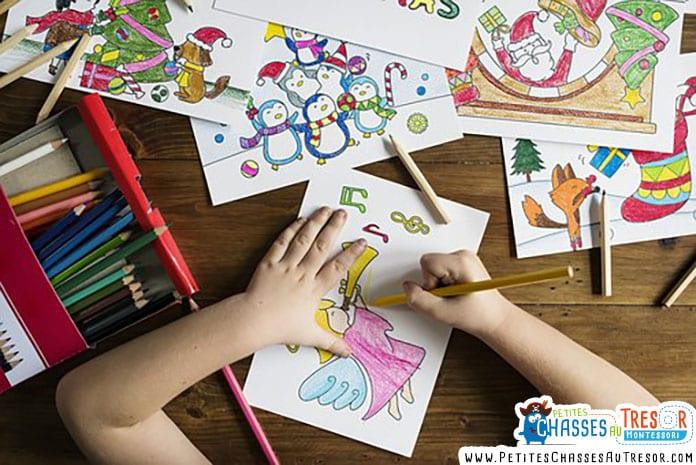 Plusieurs dessin d'enfant posé sur une table