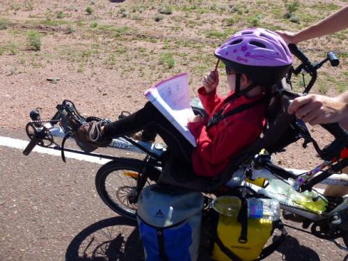 tour du monde en famille à vélo : faire l'école