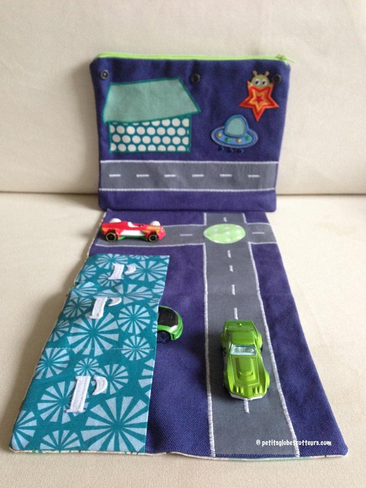 Pochette circuit de voyage pour enfant