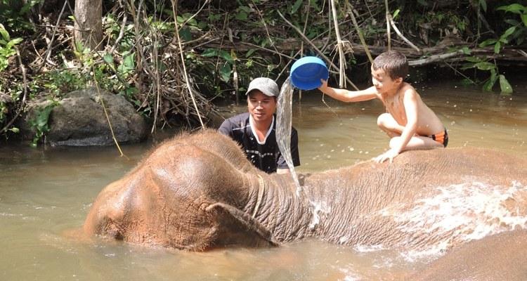 rencontre en famille avec les Karens en Thaïlande