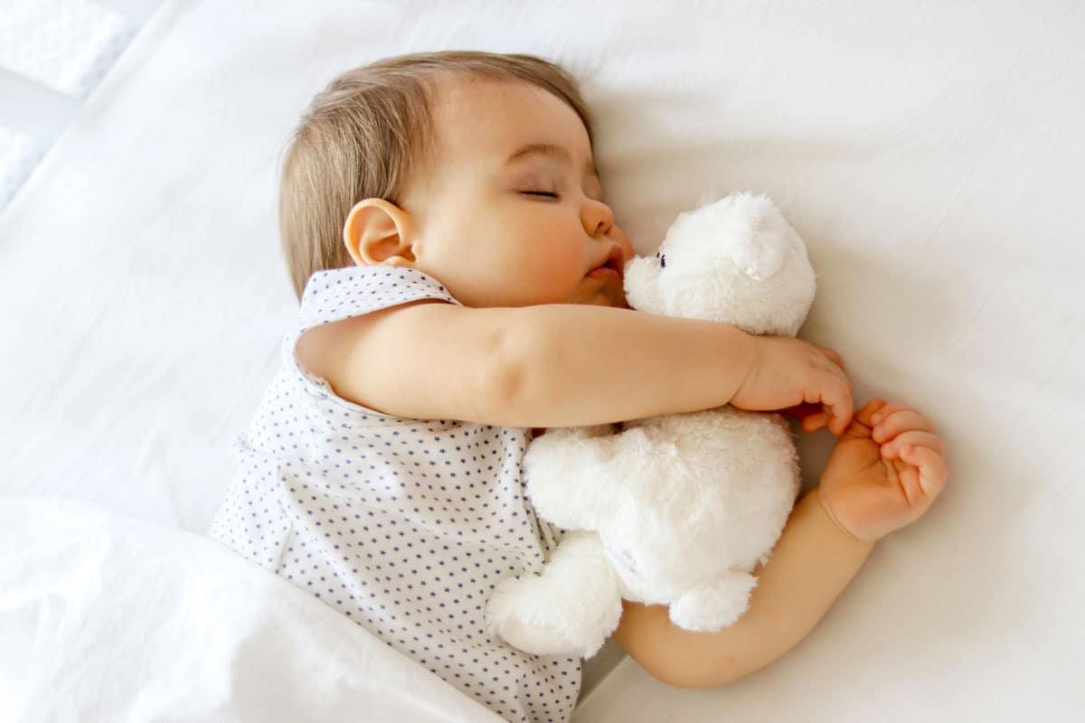 bébé lit