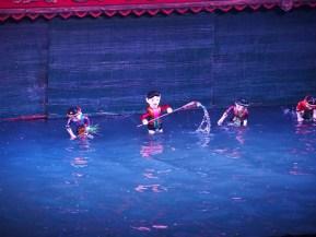 théâtre marionnettes sur l'eau (hanoi theatre), photo de Ivo Verhaar (CC BY-NC-ND 2.0)
