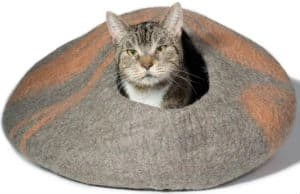 kittikubbi-cat-bed-cave-hideout