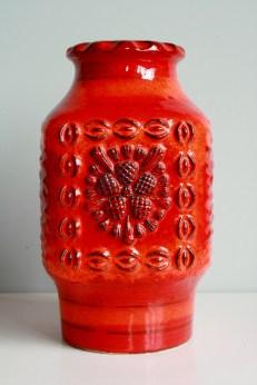 Dümler & Breiden Relief vase form number 73/25