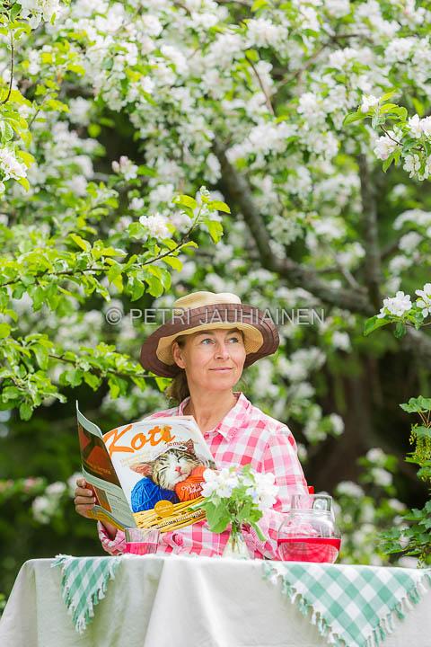 Mainoskuva Koti ja maaseutu -lehteen