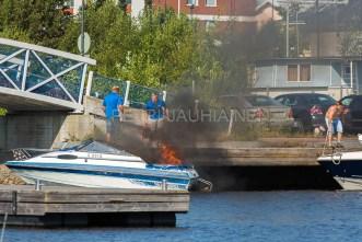 Tulipalo Kuopion Maljalahden satamassa-4