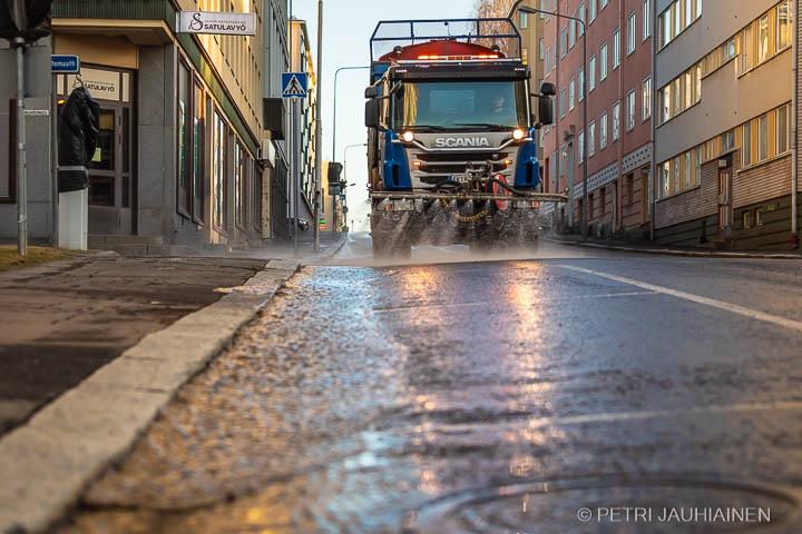 keväinen-hiekanpoisto-kuopio-valokuvaaja-petri-jauhiainen