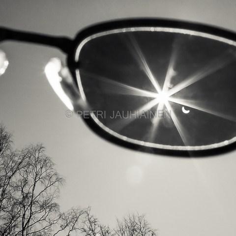 Auringonpimennys valokuvaaja Petri Jauhiainen