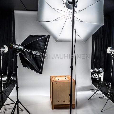 Studio valokuvaaja Petri Jauhiainen
