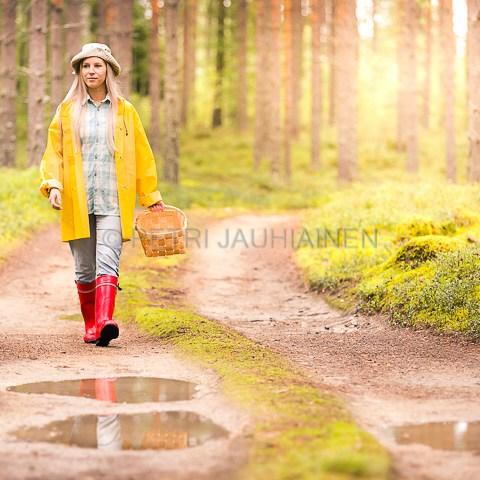 Sienestäjä valokuvaaja Petri Jauhiainen