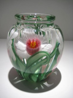 "Medium-Daffodil-Vase, Medium: Glass Size: 6"" x 4.5"" Artist: Justin and Steven Lundberg"