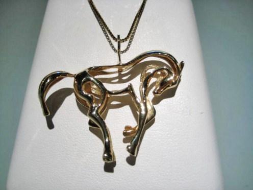 14K Gold Horse Pendant Only Artist: Petri's Gallery Catalog: 497-67-3