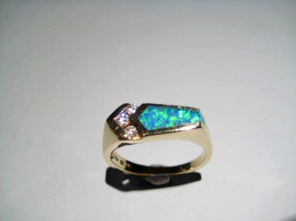 14K Gold Ring with Opal and Diamond Artist: Kabana Stavros Catalog: 583-04-8