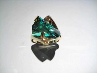 14K Gold Ring with Cultured Green Garnet Artist: Strellman Catalog: 398-26-4