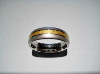 24K Gold Band with Platinum and Polarium Artist: Steve Kretchmer Catalog: 902-40-9