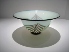 Celadon Bowl Artist: David Lindsey Catalog: 806-76-6