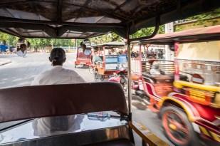 Zde pohled z paluby, rovněž Phnom Penh