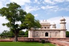 Itimad ud Daulah tomb in Agra