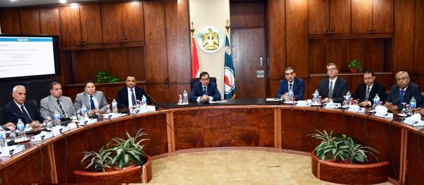 المهندس طارق الملا : فرص استثمارية جديدة للبحث والاستكشاف بالبحر الأحمر وغرب المتوسط