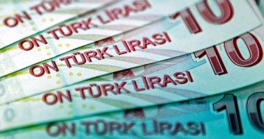 الليرة التركية تهبط بسبب مخاوف من عقوبات أمريكية