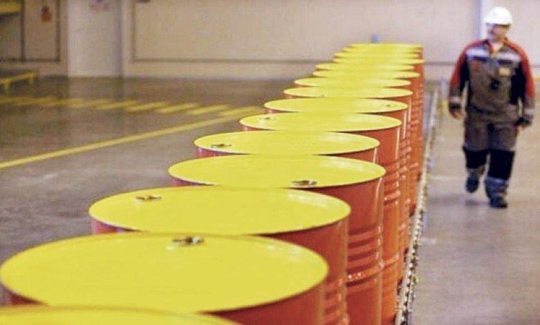رغم انتعاش الآمال باحتواء الحرب التجارية .. النفط يهبط بفعل مخاوف الطلب العالمي