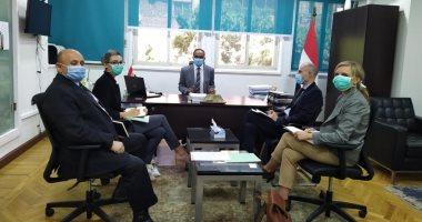 نائب وزير الإسكان يناقش مع ممثلى السفارة الفرنسية تطورات مشروع إعادة استخدام المياه