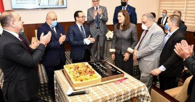 هالة السعيد تشكر العاملين بالوزارة بعد جائزة أفضل وزيرة عربية: انتم شركاء النجاح