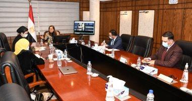"""وزيرة التخطيط تناقش مع ممثلى """"حياة كريمة"""" تنفيذ أنشطة المبادرة"""