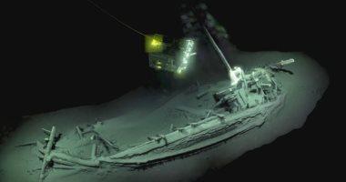 البعثة الأثرية بالإسكندرية تكشف قصة مقدمة السفينة الغارقة بجزيرة سعدانة