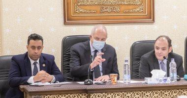 يحيى زكى يدعو أعضاء مجلس النواب لزيارة المنطقة الاقتصادية