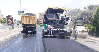 الإسكان: رفع كفاءة وتطوير الطرق بالحى الثالث بمدينة العاشر من رمضان